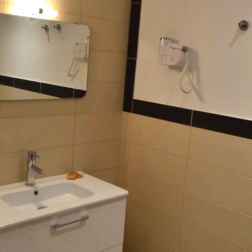 Détails salle de bain - Hôtel la Maison des Ocres
