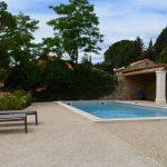 Photographie de la piscine de l'Hôtel La Maison des Ocres à Roussillon.